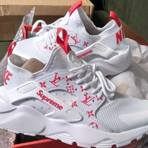 precio bajo 100% Calidad lindos zapatos Supreme Louis Vuitton Nike Haraches
